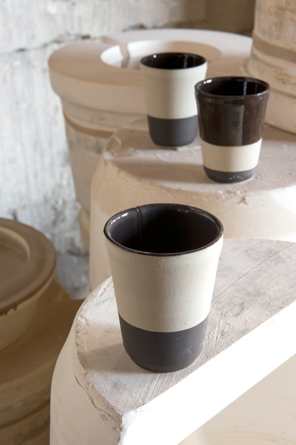Stoneware tumbler fève tonka for Containing, Manufacture Digoin