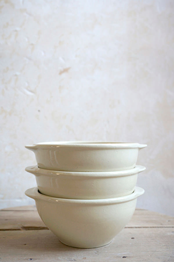Bowl with (flat) handles blanc for Containing, Manufacture Digoin