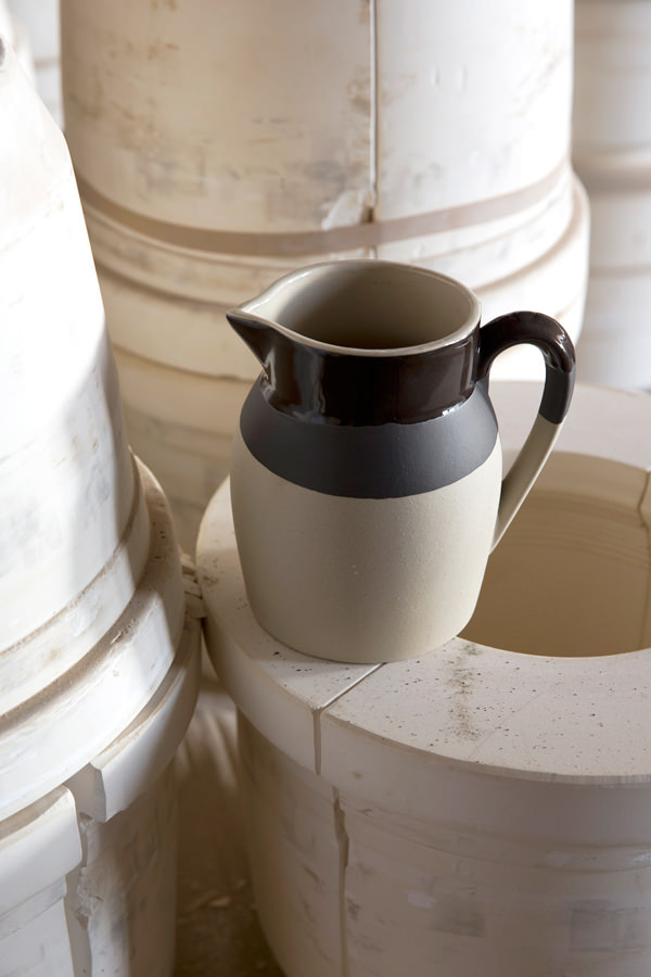 Pot à eau fève tonka pour contenir, Manufacture Digoin