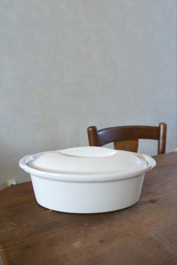 Terrine ovale blanche avec couvercle pour cuire et mijoter, Manufacture Digoin